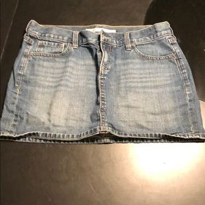 Old Navy Women's Denim Jean Skirt - Size 6